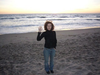 Amy G. waving in S. Monica